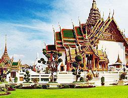 Private Temples & Grand Palace Tour