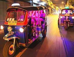 Midnight Private Food Tour by Tuk Tuk