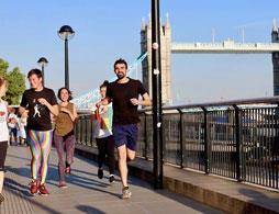 Running Tour of London with a Blue Badge Guide
